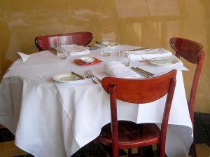 597934_dining_table_1